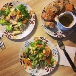 Sałatka z kurczakiem, awokado i pomarańczą