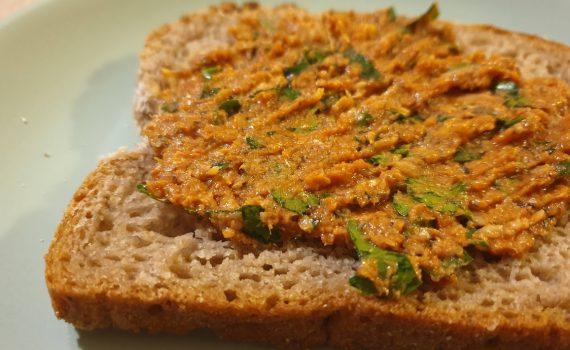 pasta sardynkowo-pomidorowa do pieczywa