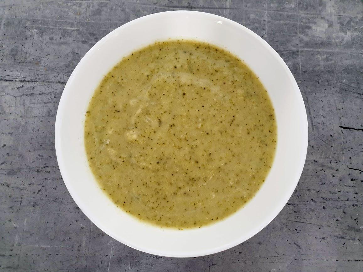delikatny krem brokułowy z mascarpone
