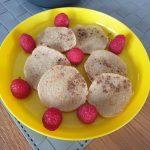 Placuszki gruszkowo-cynamonowe z kaszą manną