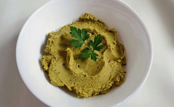 pasta z zielonego groszku i słonecznika