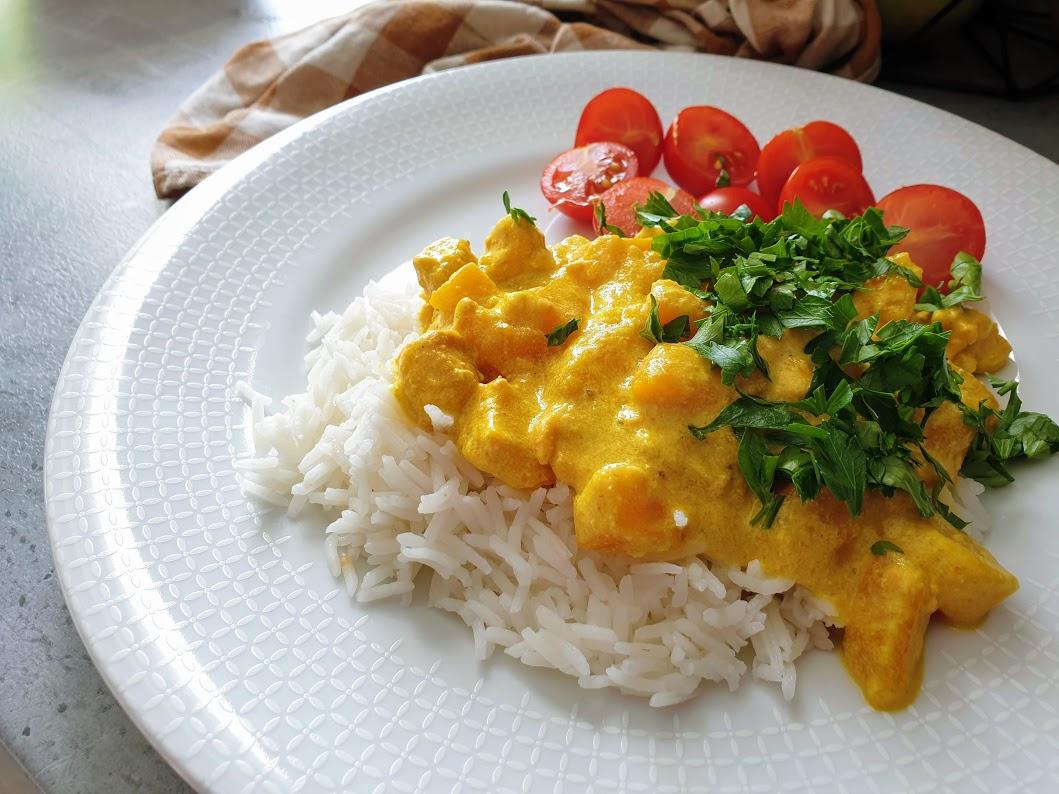 curry z dynia i łososiem