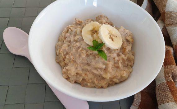 aksamitna owsianka bananowo-orzechowa