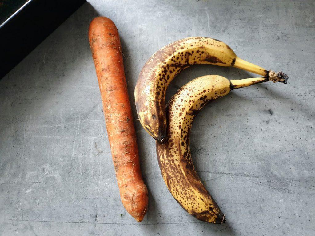 chlebek bananowo - marchewkowy