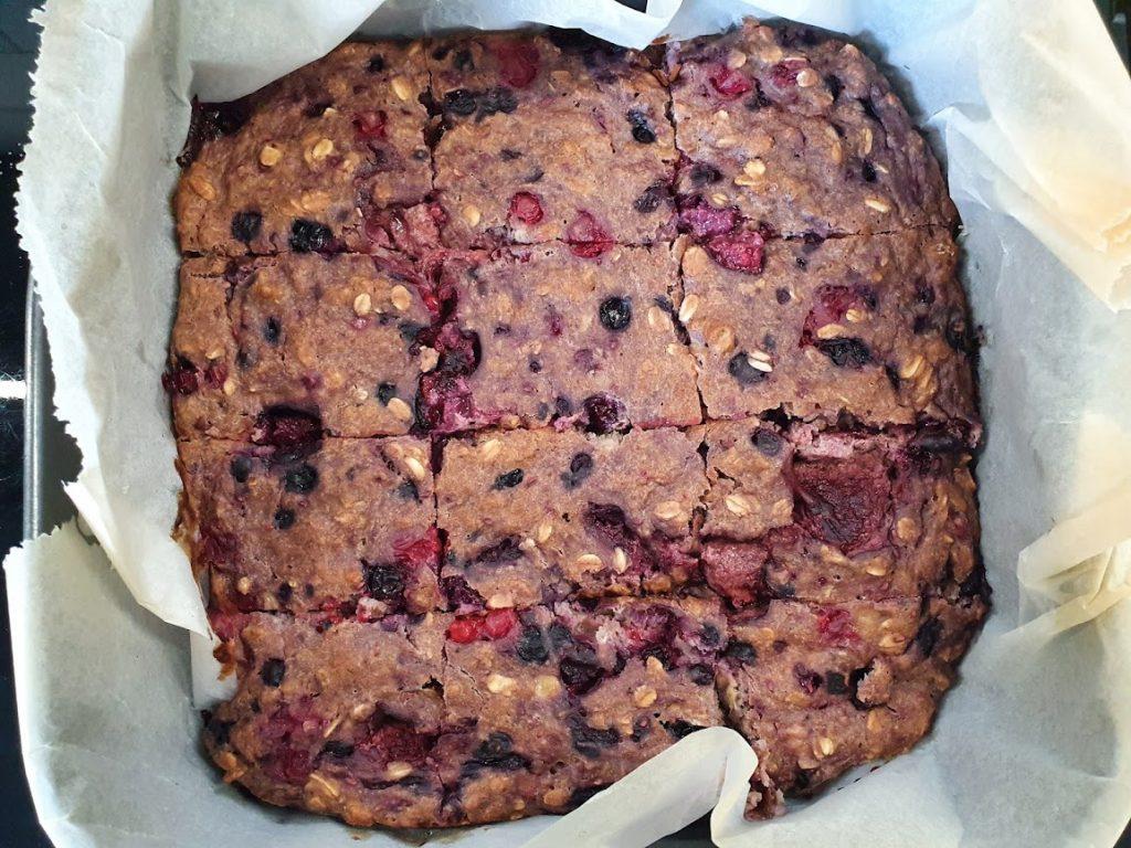 Ciasto leśne mieszane widelcem
